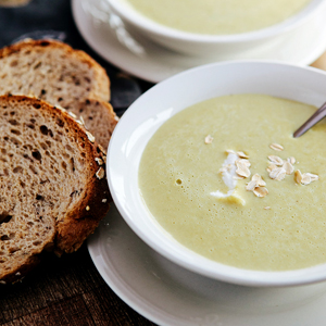 cream of asparagus soup-featured image