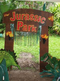 Dinosaur party 15