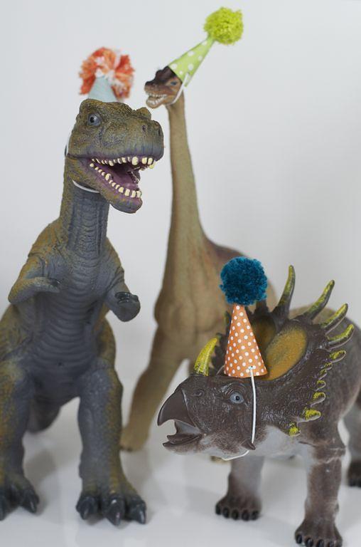 Dinosaur party 9