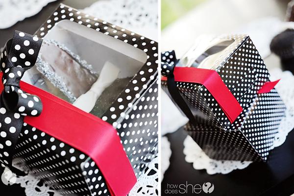 High Heel Cupcakes - www.howdoesshe.com #highheelcupcakes