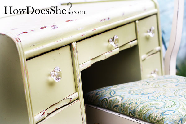 4 steps bring new life to old furniture