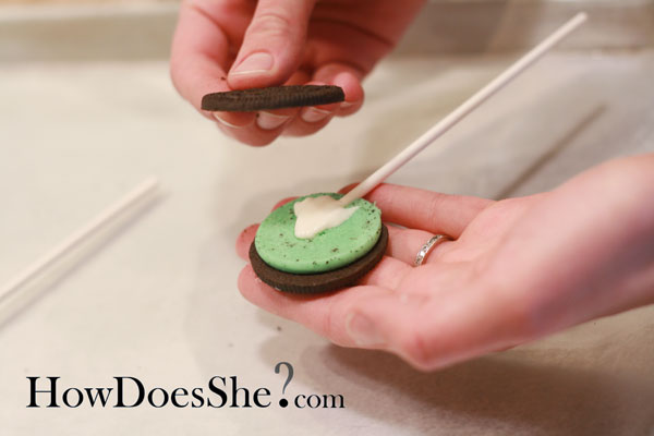 Oreo Cookie Sucker Tutorial